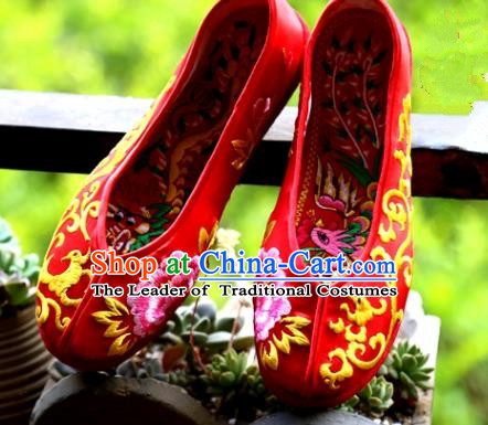 Asian Chinese Traditional Wedding Shoes Red Embroidered Shoes, China Peking Opera Hand Embroidery Dragon Peony Shoe Hanfu Shoes for Women