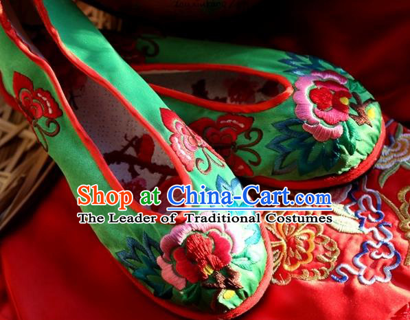 Asian Chinese Traditional Shoes Bride Green Embroidered Shoes, China Peking Opera Handmade Embroidery Peony Shoe Hanfu Princess Shoes for Women