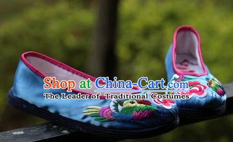 Asian Chinese Traditional Shoes Bride Xiuhe Suit Blue Embroidered Shoes, China Peking Opera Handmade Embroidery Shoe Hanfu Princess Shoes for Women