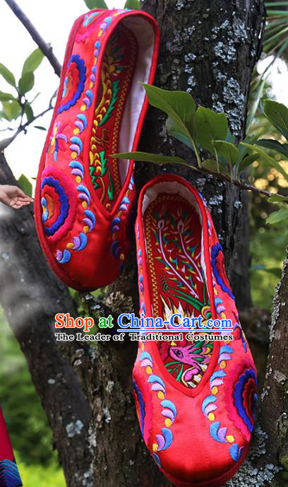 Asian Chinese Traditional Shoes Red Embroidered Shoes, China Peking Opera Handmade Strong Cloth Soles Embroidery Shoe Hanfu Princess Shoes for Women