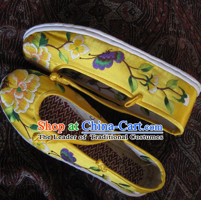Asian Chinese Traditional Shoes Yellow Embroidered Shoes, China Peking Opera Handmade Strong Cloth Soles Embroidery Butterfly Shoe Hanfu Princess Shoes for Women
