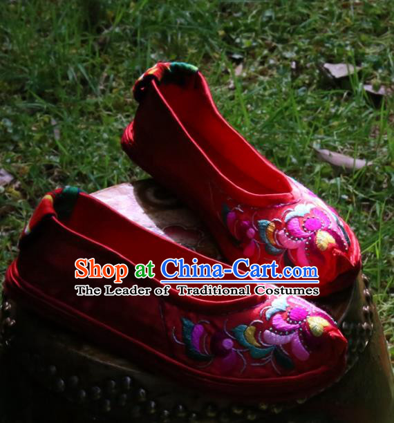 Asian Chinese Traditional Shoes Wedding Bride Embroidered Shoes, China Peking Opera Handmade Embroidery Shoe Hanfu Princess Red Shoes for Women