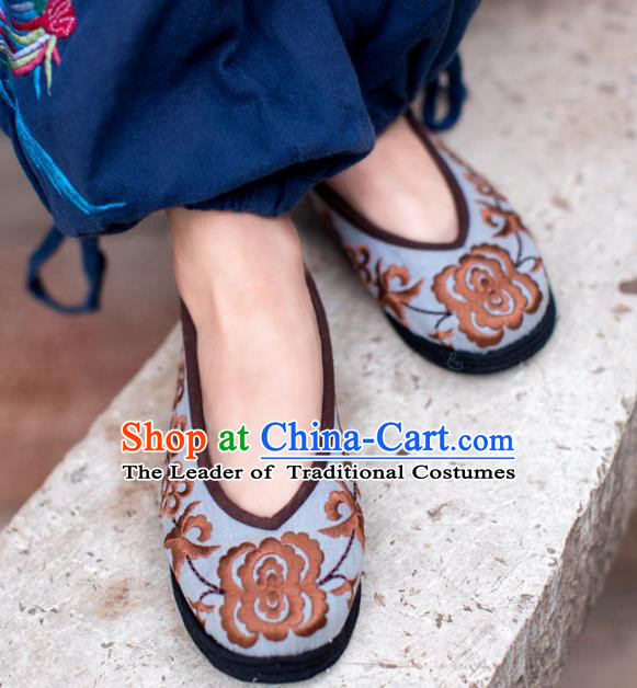 Asian Chinese Traditional Shoes Beige Embroidered Shoes, China Peking Opera Handmade Embroidery Shoe Hanfu Princess Shoes for Women