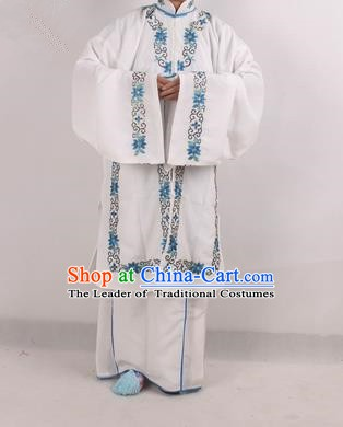 Chinese Beijing Opera Actress Costume White Embroidered Cape, Traditional China Peking Opera Nobility Lady Embroidery Clothing