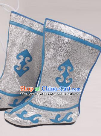 Asian Chinese Beijing Opera Takefu White Embroidered Shoes, Traditional China Peking Opera Young Men Hanfu Boots