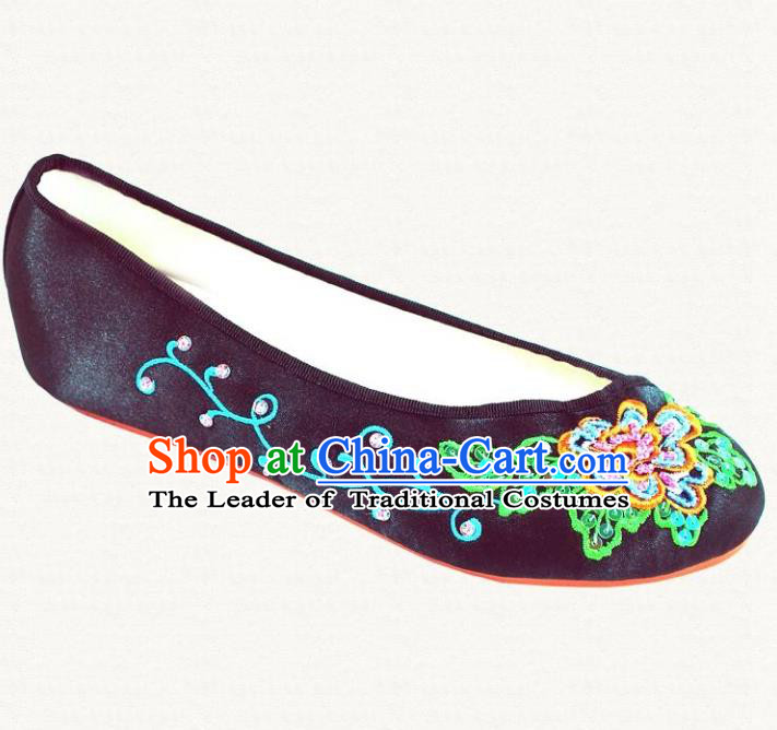 Traditional Chinese National Bride Black Satin Embroidered Shoes, China Handmade Embroidery Peony Hanfu Slippers for Women