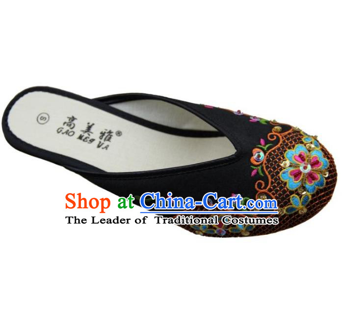Traditional Chinese National Bride Black Paillette Embroidered Slippers, China Handmade Embroidery Flowers Hanfu Shoes for Women