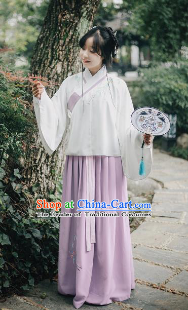 Traditional Chinese Ancient Ming Dynasty Nobility Lady Hanfu Costume Embroidered Blouse and Skirt for Women