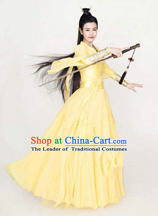 Ancient Chinese Swordsman Elegant Yellow Costumes Han Dynasty Clothing for Women