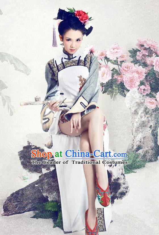 Traditional Ancient Chinese Imperial Consort Sexy Costume, Chinese Qing Dynasty Manchu Lady Dress, Chinese Mandarin Robes Imperial Concubine Embroidered Peony Clothing for Women