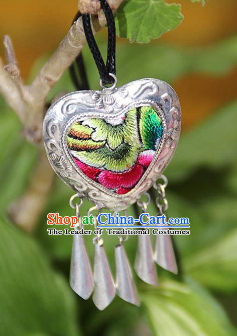 Traditional Chinese Miao Nationality Crafts, Hmong Handmade Miao Silver Embroidery Heart Pendant, Miao Ethnic Minority Necklace Accessories Bells Pendant for Women