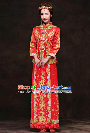 Traditional Ancient Chinese Costume Xiuhe Suits, Chinese Style Wedding Red Dress, Embroidered Dragon and Phoenix Flown Bride Toast Cheongsam for Women