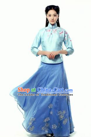 Traditional Ancient Chinese Costume Cheongsam Blouse, Chinese Late Qing Dynasty Female Student Dress, Republic of China Embroidered Blue Clothing for Women