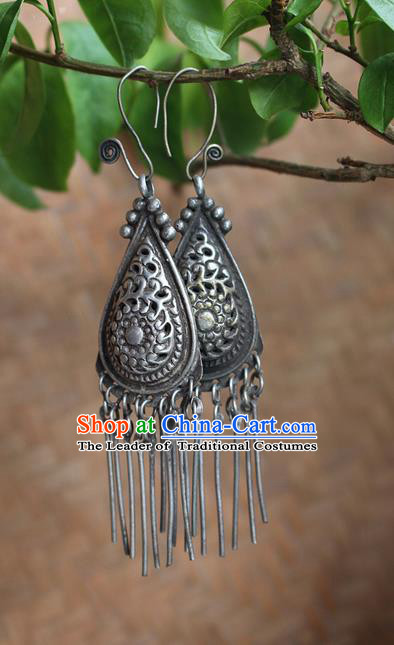 Traditional Chinese Miao Nationality Crafts Jewelry Accessory Classical Earbob Accessories, Hmong Handmade Miao Silver Tassel Palace Lady Earrings, Miao Ethnic Minority Eardrop for Women