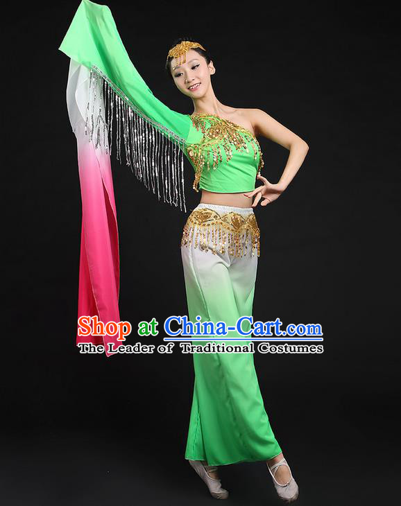 Traditional Chinese Yangge Fan Dancing Costume, Folk Dance Yangko Water Sleeve Paillette Uniforms, Classic Umbrella Dance Elegant Dress Drum Dance Green Clothing for Women