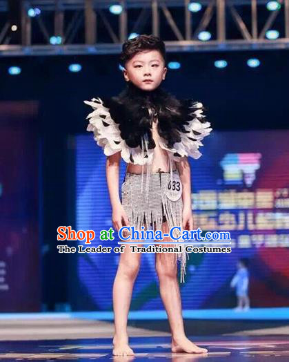 Top Grade Compere Professional Performance Catwalks Swimsuit Costume, Children Chorus Black Feather Formal Dress Modern Dance Modern Fancywork Clothing for Boys Kids