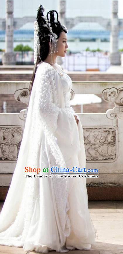 Traditional Chinese Ancient Female Costume and Headpiece Complete Set, Xuan-Yuan Sword Legend: The Clouds of Han the Three Kingdoms Palace Lady Peri Hanfu Clothing for Women