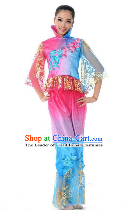 Traditional Chinese Classical Dance Yangge Fan Dancing Mandarin Sleeve Costume, Folk Dance Drum Dance Uniform Yangko Pink Clothing for Women