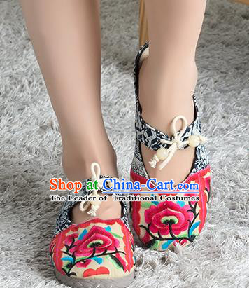 Traditional Chinese Shoes, China Handmade Linen Embroidered Blue and white porcelain Red Shoes, China Ancient Cloth Shoes for Women