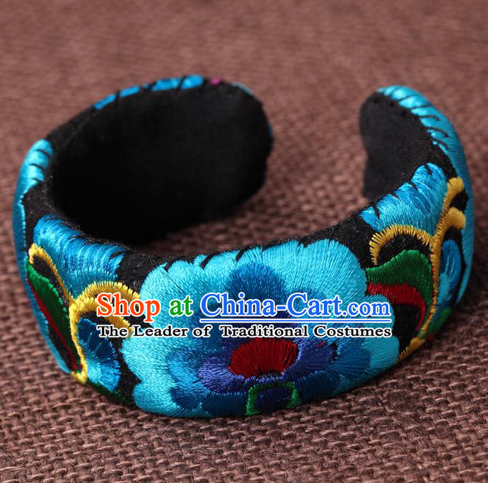 Traditional Chinese Miao Nationality Crafts, Hmong Handmade Miao Silver Embroidery Blue Bracelet, Miao Ethnic Minority Bangle Accessories for Women