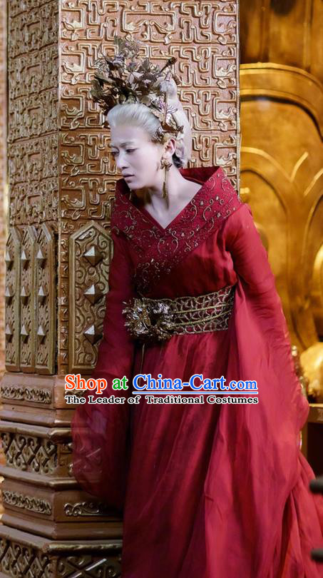 Traditional Chinese Ancient Shang Dynasty Palace Old Women Costume, China Mythology Television Zhao Ge Ancient Female Embroidery Clothing and Headwear Complete Set