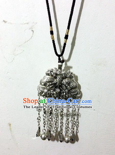 Traditional Handmade Chinese Ancient Classical Miao Sliver Bells Accessories Pendant Sweater Chain Necklace for Women