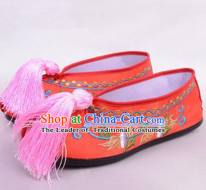Chinese Ancient Peking Opera Young Lady Bride Embroidered Hua Tan Shoes, Traditional China Beijing Opera Princess Wedding Red Embroidered Shoes