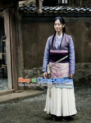 Traditional Ancient Chinese Countrywoman Costume, Films Brotherhood of Blades Chinese Ming Dynasty Young Lady Hanfu Clothing and Handmade Headpiece Complete Set