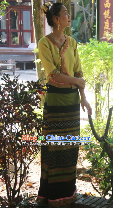 Traditional Thailand Ancient Handmade Female Costumes, Traditional Thai Uniform China Dai Nationality Dark Khaki Dress Clothing for Women