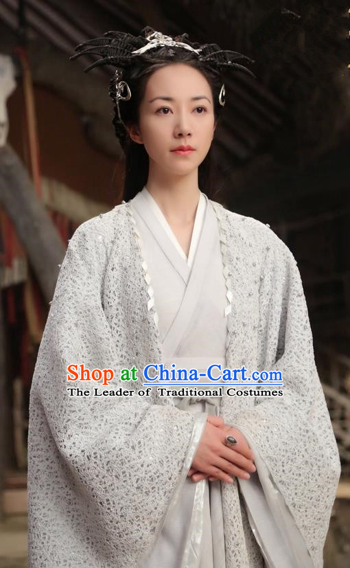 Asian Chinese Traditional Northern and Southern Dynasties Saintess Costume and Headpiece Complete Set, Lost Love In Times China Ancient Fairy Princess Embroidered Dress Clothing