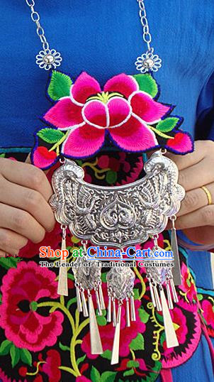 Traditional Handmade Chinese National Miao Nationality Sliver Embroidery Bells Necklace for Women