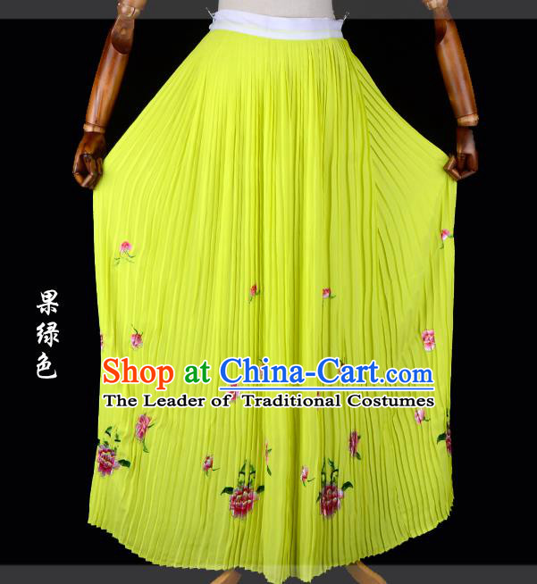 Traditional China Beijing Opera Young Lady Hua Tan Costume Female Embroidered Green Pleated Skirt, Ancient Chinese Peking Opera Diva Embroidery Peony Dress Bust Skirt
