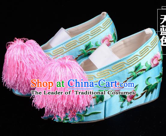 Top Grade Professional Beijing Opera Hua Tan Embroidered Green Shoes, Traditional Ancient Chinese Peking Opera Diva Princess Blood Stained Shoes