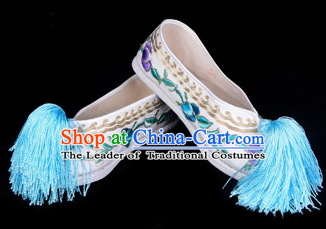 Top Grade Professional Beijing Opera Hua Tan Embroidered White Cloth Shoes, Traditional Ancient Chinese Peking Opera Diva Princess Blood Stained Shoes