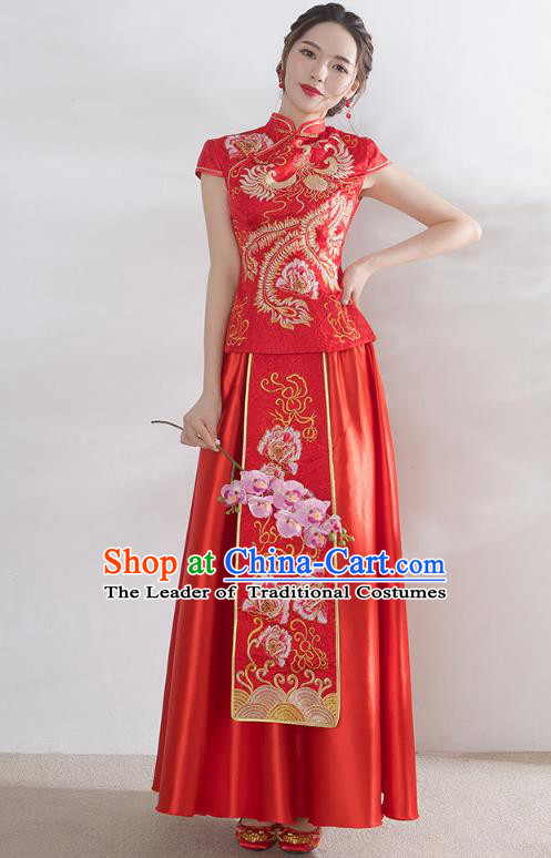 Traditional Ancient Chinese Wedding Costume Handmade Embroidery Peony Satin Short Sleeve Xiuhe Suits, Chinese Style Wedding Dress Red Embroidery Dragon and Phoenix Flown Bride Toast Cheongsam for Women