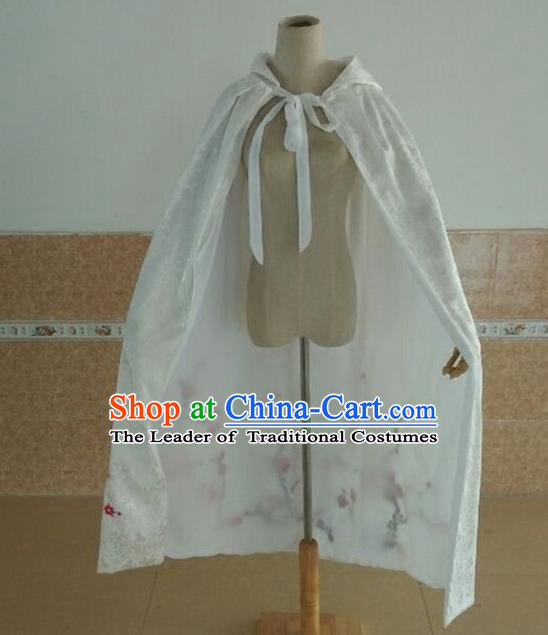 Traditional Chinese Ancient Ming Dynasty Princess White Mantle Embroider Plum Blossom Hanfu Cape for Women