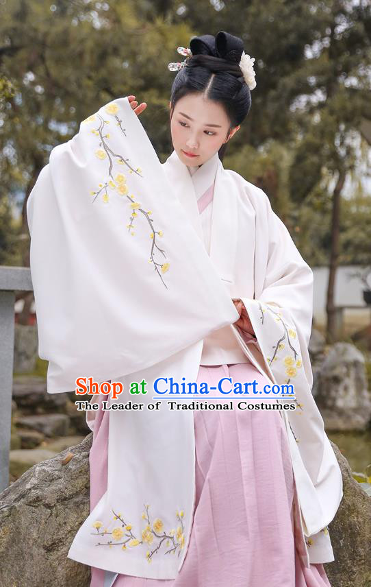 Traditional Chinese Ancient Hanfu Imperial Princess Costume, Asian China Ming Dynasty Palace Lady Embroidery Plum Blossom White Cloak for Women