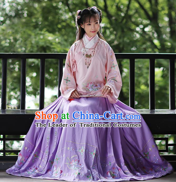 Asian Chinese Ming Dynasty Young Lady Hanfu Costume Embroidered Purple Skirt, Traditional China Ancient Princess Horse-face Skirt for Women