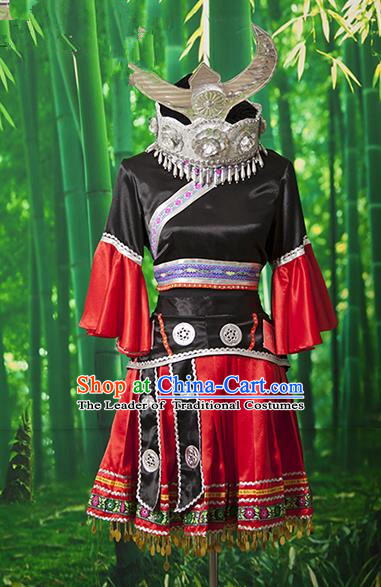 Traditional Chinese Miao Nationality Dancing Costume Hmong Female Folk Dance Ethnic Embroidery Costume for Women