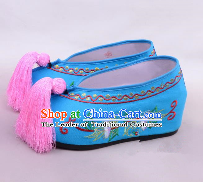 Traditional Beijing Opera Hua Tan Embroidered Shoes Princess Blue Shoes, Ancient Chinese Peking Opera Diva Blood Stained Shoes