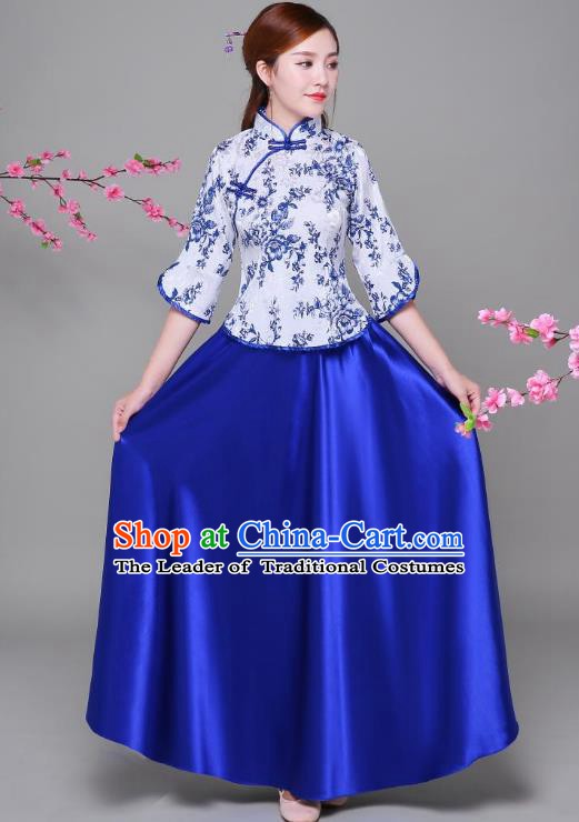 Traditional Chinese Republic of China Children Xiuhe Suit Clothing, China National Embroidered Blue Blouse and Skirt for Women