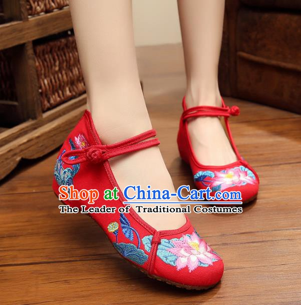 Traditional Chinese National Red Linen Embroidered Shoes, China Princess Shoes Hanfu Embroidery Lotus Shoes for Women