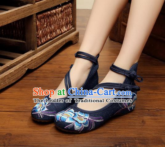 Traditional Chinese National Black Hanfu Embroidered Shoes, China Princess Shoes Embroidery Flowers Shoes for Women