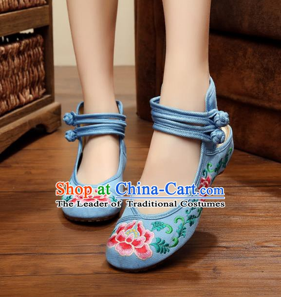 Traditional Chinese National Hanfu Shoes Embroidered Peony Shoes, China Princess Blue Embroidery Shoes for Women