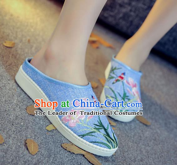 Traditional Chinese National Hanfu Blue Embroidered Slippers, China Princess Embroidery Shoes for Women