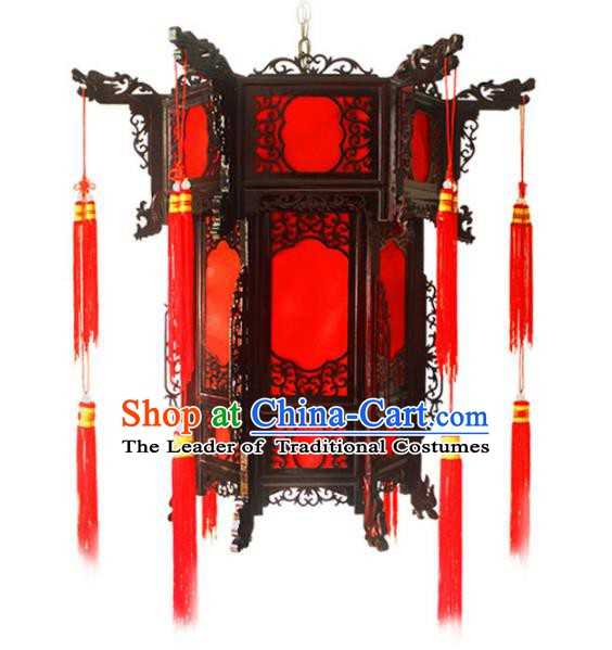 Traditional Chinese Handmade Red Sheepskin Lantern Classical Palace Lantern China Wood Carving Ceiling Palace Lamp