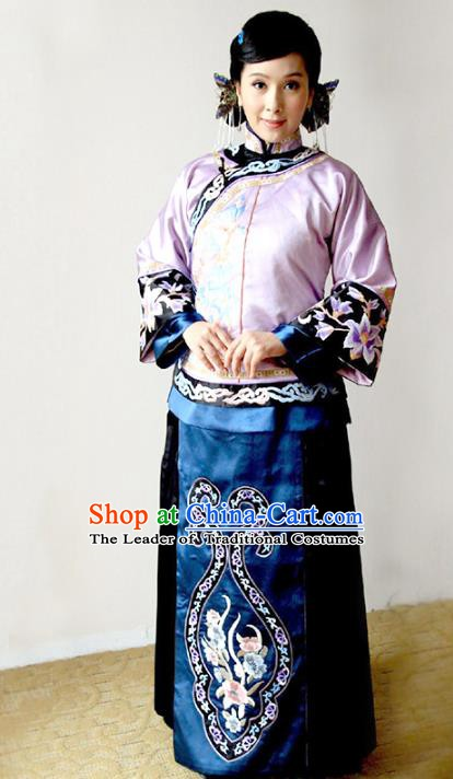 Traditional Chinese Ancient Qing Dynasty Xiuhe Suit Young Mistress Embroidered Costume