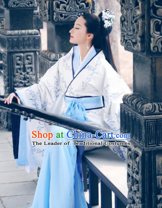 Traditional Chinese Ancient Han Dynasty Imperial Princess Embroidered Hanfu Costume for Women