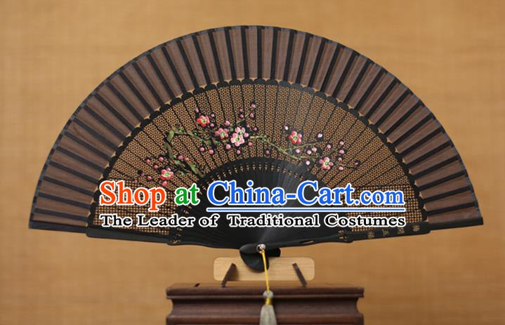 Traditional Chinese Crafts Hand Painting Plum Blossom Folding Fan, China Handmade Silk Fans for Women
