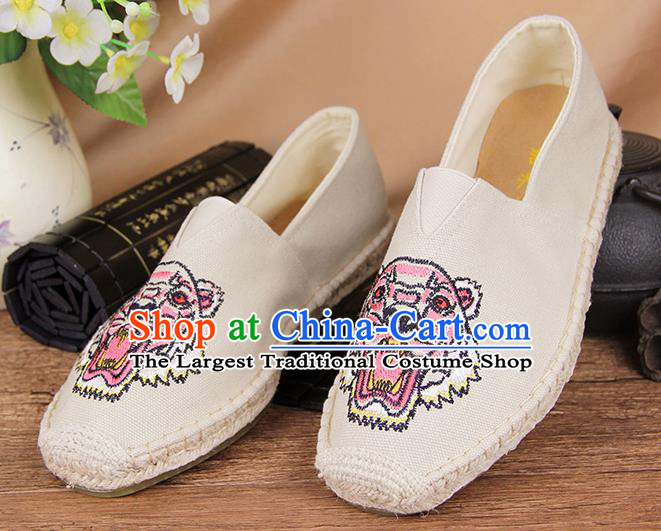 Chinese National Shoes Traditional White Cloth Shoes Embroidery Tiger Shoes for Men